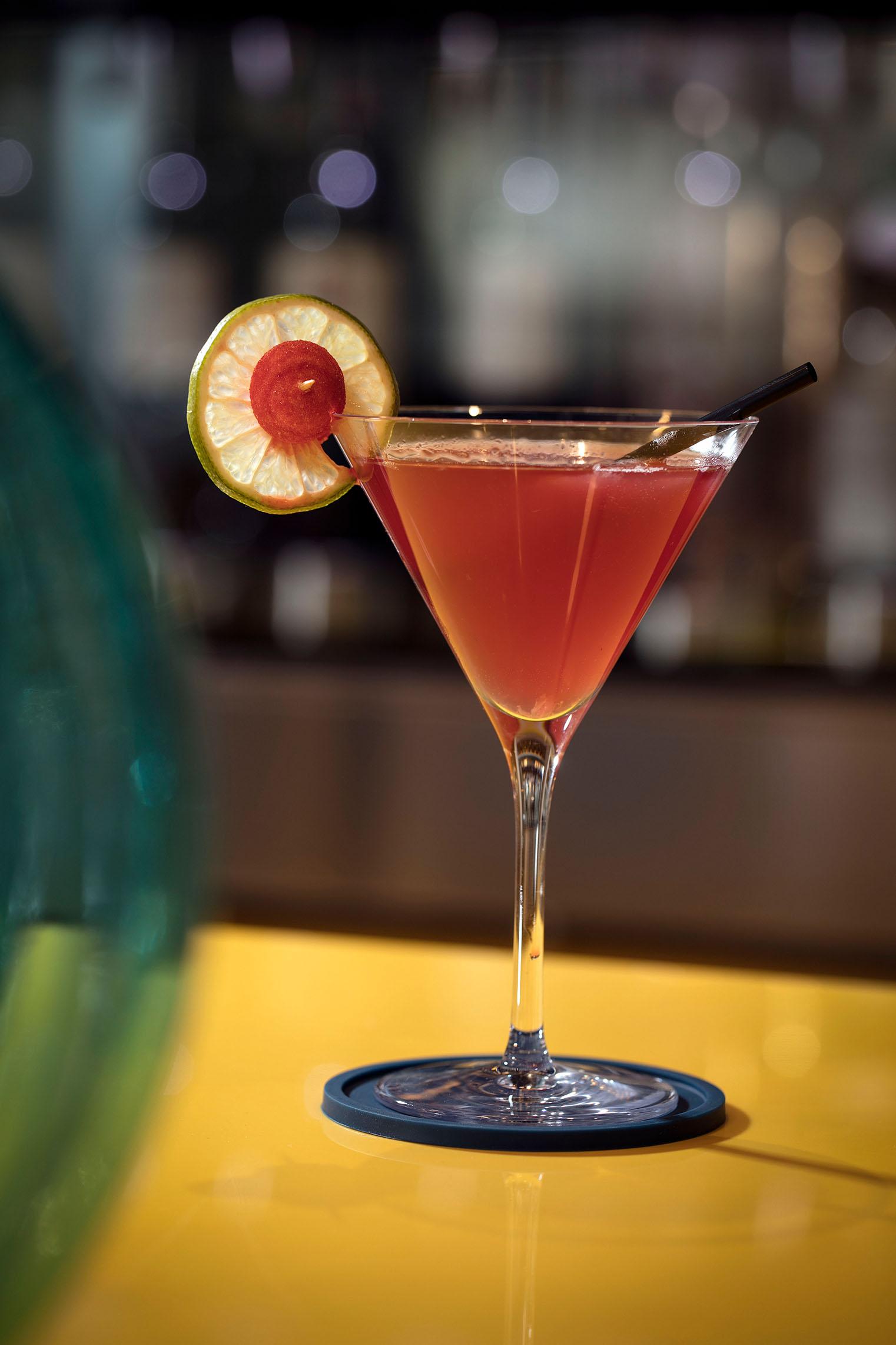 hampton-by-hilton-paris-clichy-bar-cocktail-3
