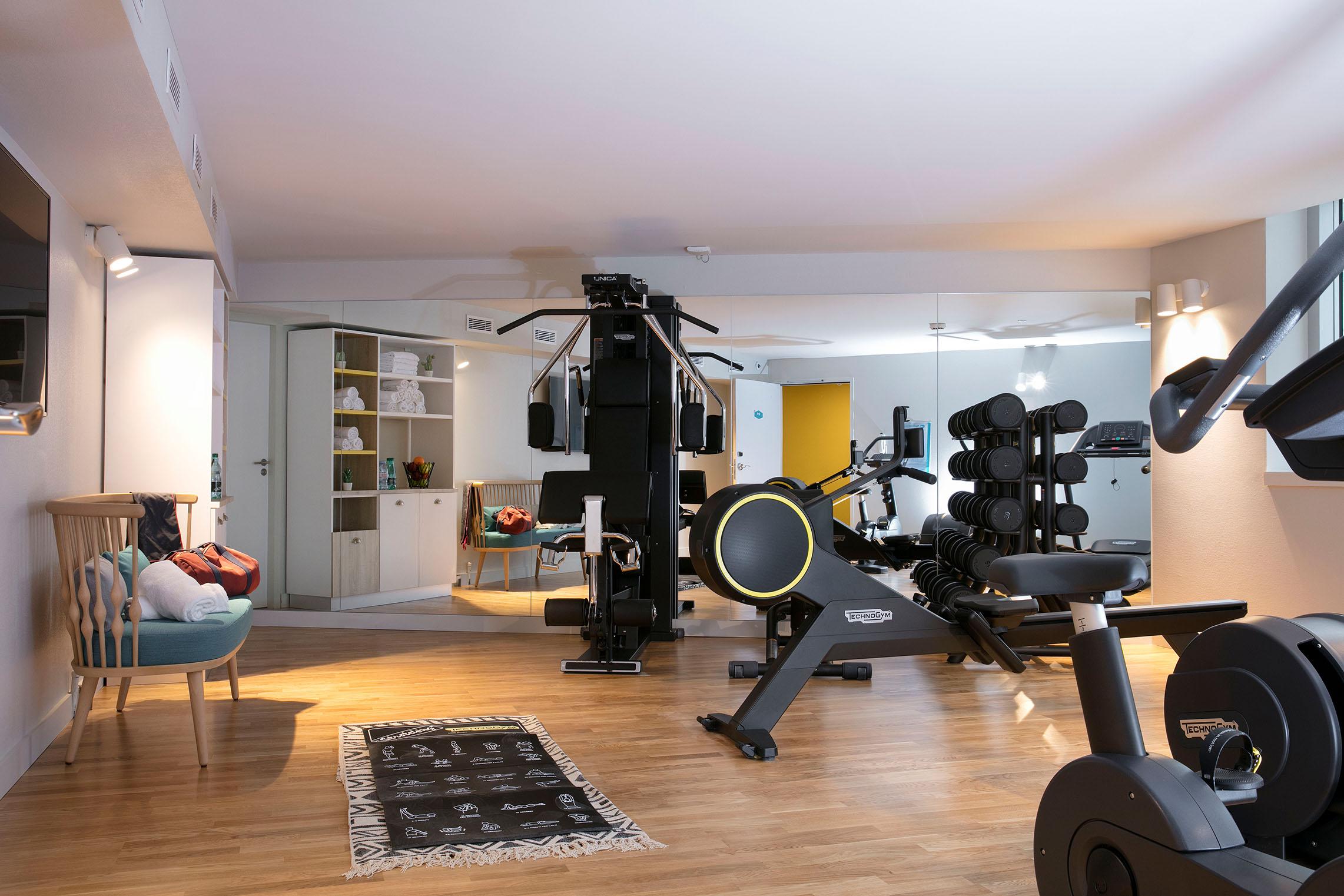 hampton-by-hilton-paris-clichy-salle-de-fitness